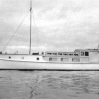 The launch Caprice & Silver Bay, Waiheke Island