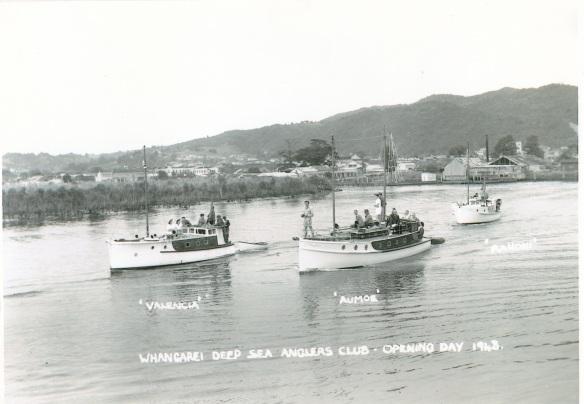 Valencia, Aumoe & Ranoni 1943