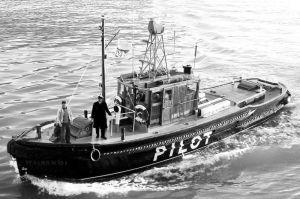 WAIRANGI - PILOT LAUNCH-  CIRCA 1948
