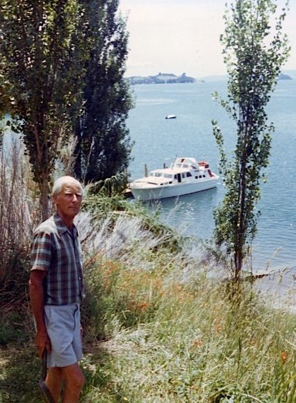 IVAN GUTHRIE.AT ARRAN BAY.AGED ABOUT 80.