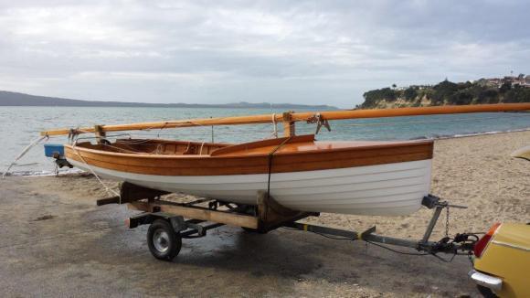 Classic Dinghy Sailing 014