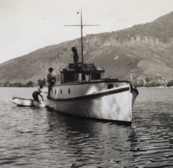 Iris 1930s
