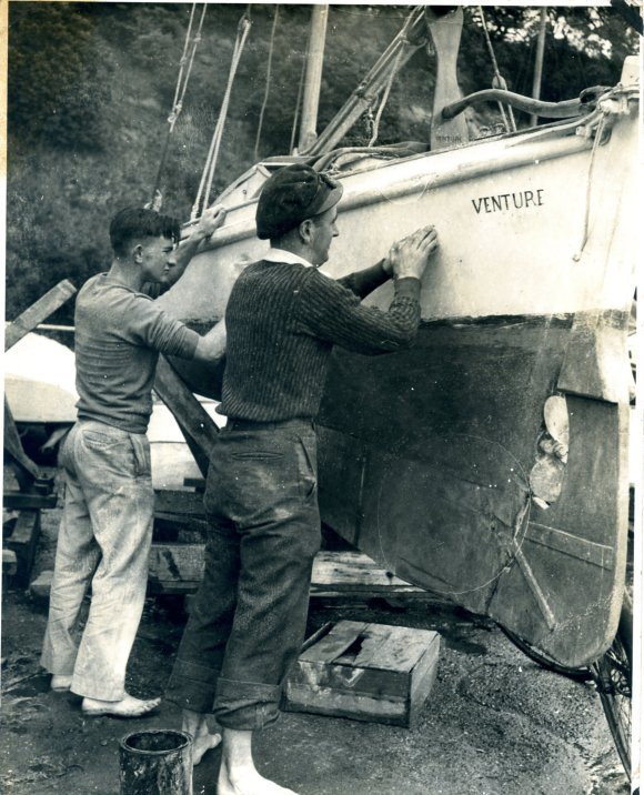 Don Ross (L) Graham Gordon (R) at Okahu Bay