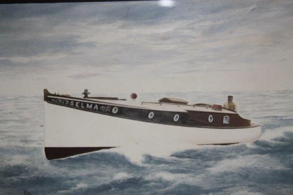 SELMA grandads boat 001