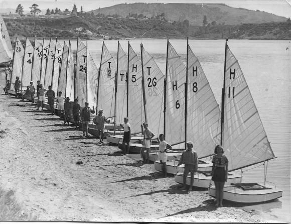 P Class yachts, Karapiro Lake, 1949