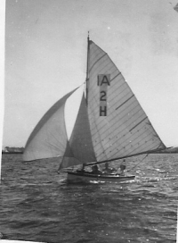 "Idlle Along ""Judith"" Hamilton Lake c.1949"