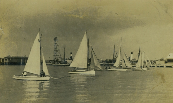 Start of Champion(sic,sp) Cup Manukau Cruising Club 1929