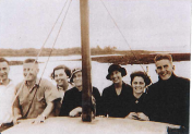 Easter 1935 - Uncle Pip,Bill Boucher,Cuts,Mrs Boucher,Aunty VE,Dulcie,Bob