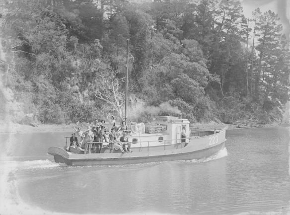 NANCIBEL - 223  -1940s- MANSION HOUSE  BAY - T. COLLINS COLLECTION EX MUSEUM - I.D. PH-2013-7-TC-B683-01