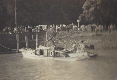 lady-sandra-sinking-5
