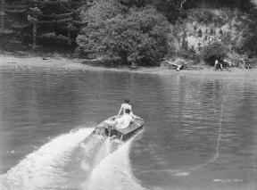 runabout-2-kawau-feb-1940