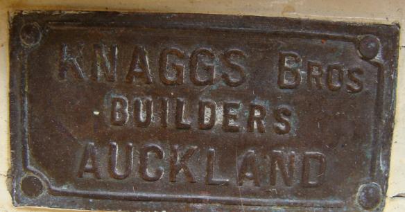builders-plate