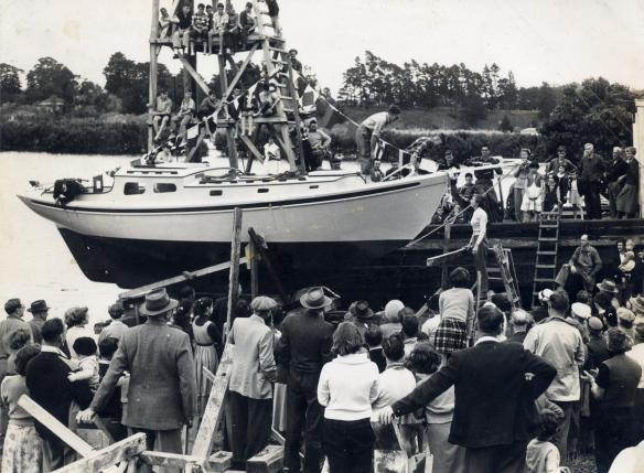Maroro - launching day 01, 27 Dec 1957