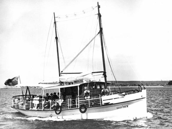 mona's isle II