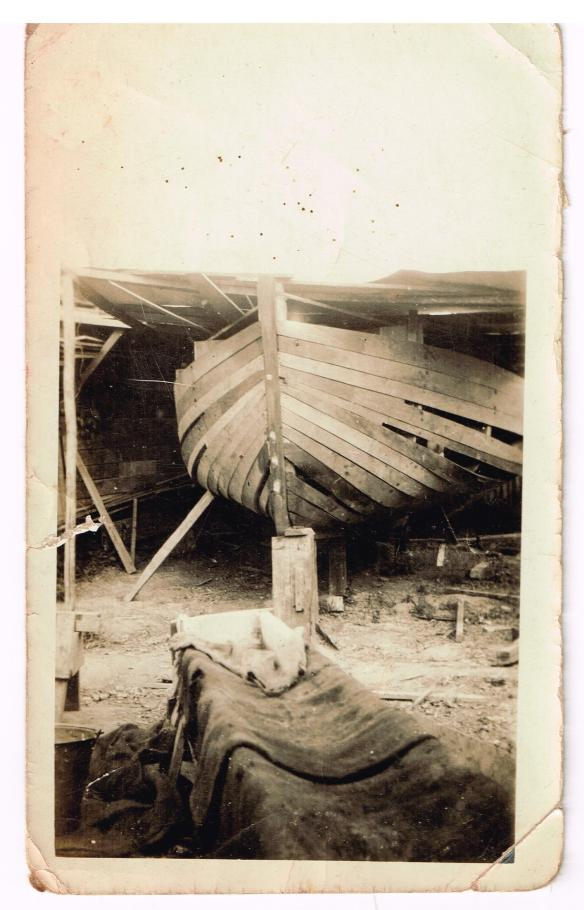 N17 Vagrant under construction c1924 (inscribed)
