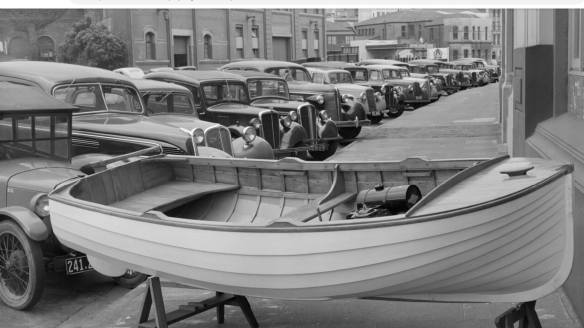 Woody Clinker motorboat